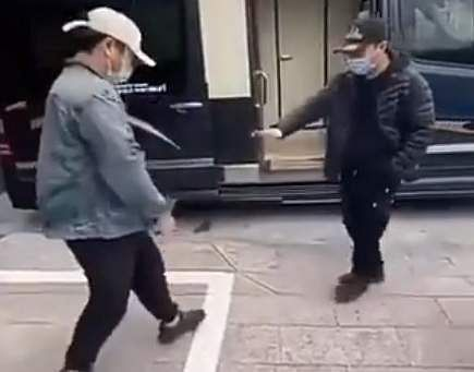 COVID-19: Man prefers shaking his leg over handshake
