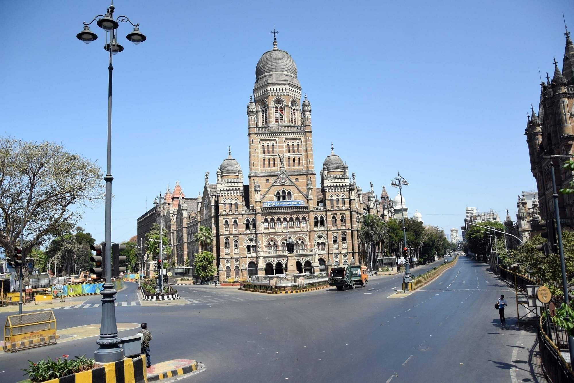 Mumbai: Chhatrapati Shivaji Maharaj Terminus Central Railway Station bears a deserted look during the Janata Curfew imposed in the wake of increasing cases of COVID-19. (Photo: IANS)