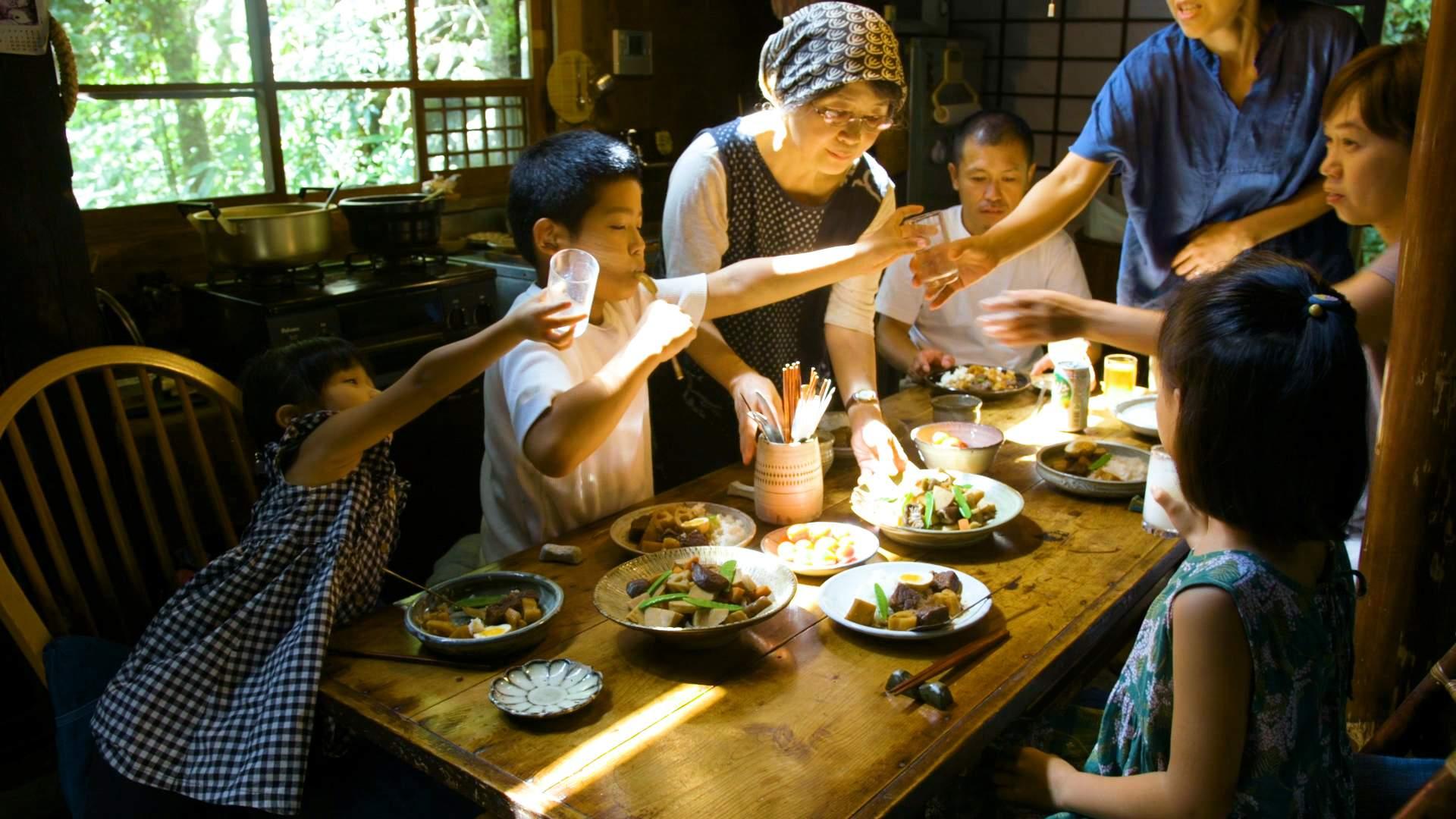 Shizuko cooks for her grandchildren