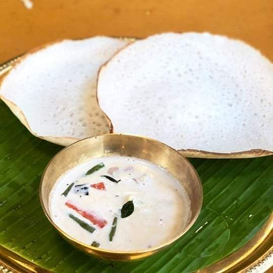 Appam_with_vegetable_stew