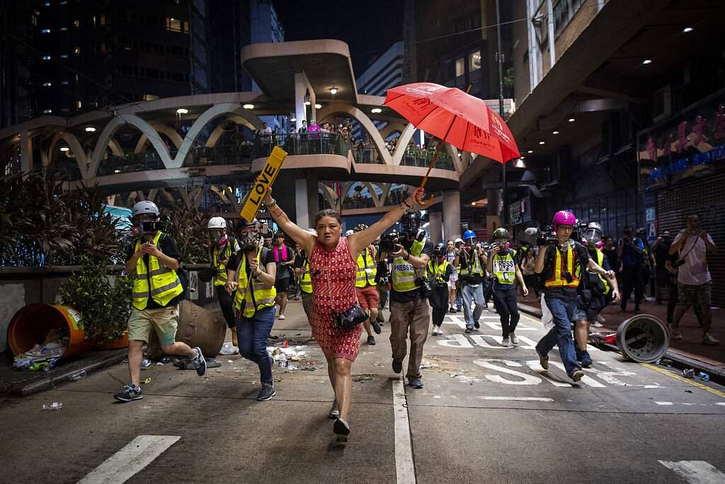 Nicolas Asfouri won first prize in General News Stories for this pic of demonstrations in the Causeway Bay district of Hong Kong. (Nicolas Asfouri, Agence France-Presse, World Press Photo via AP)