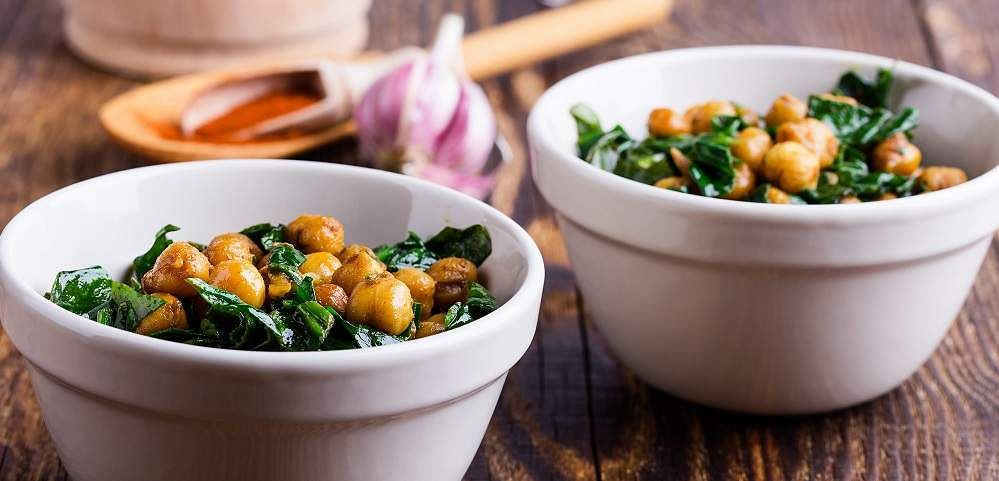 Chickpeas_spinach_salad