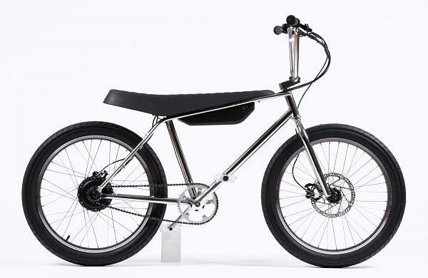 ZOOZ Urban Ultralight: A no-fuss e-bike, range of up to 56 km. Can go up to 43kph, takes only 4 hrs to charge fully. Crafted from aircraft-grade alloy, built to last. INR 1.45 lakh.