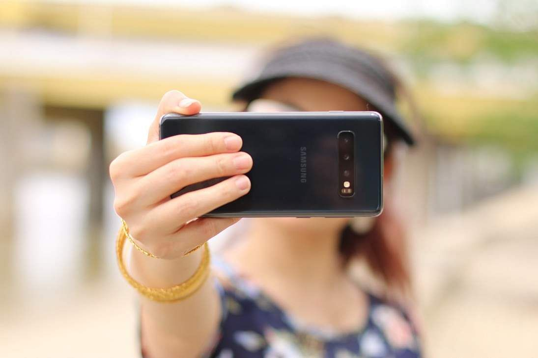 cristina-zaragoza-selfie