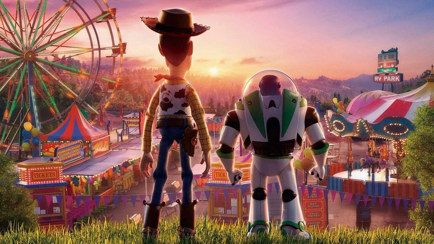 Sheriff Woody and Buzz Lightyear look beyond infinity