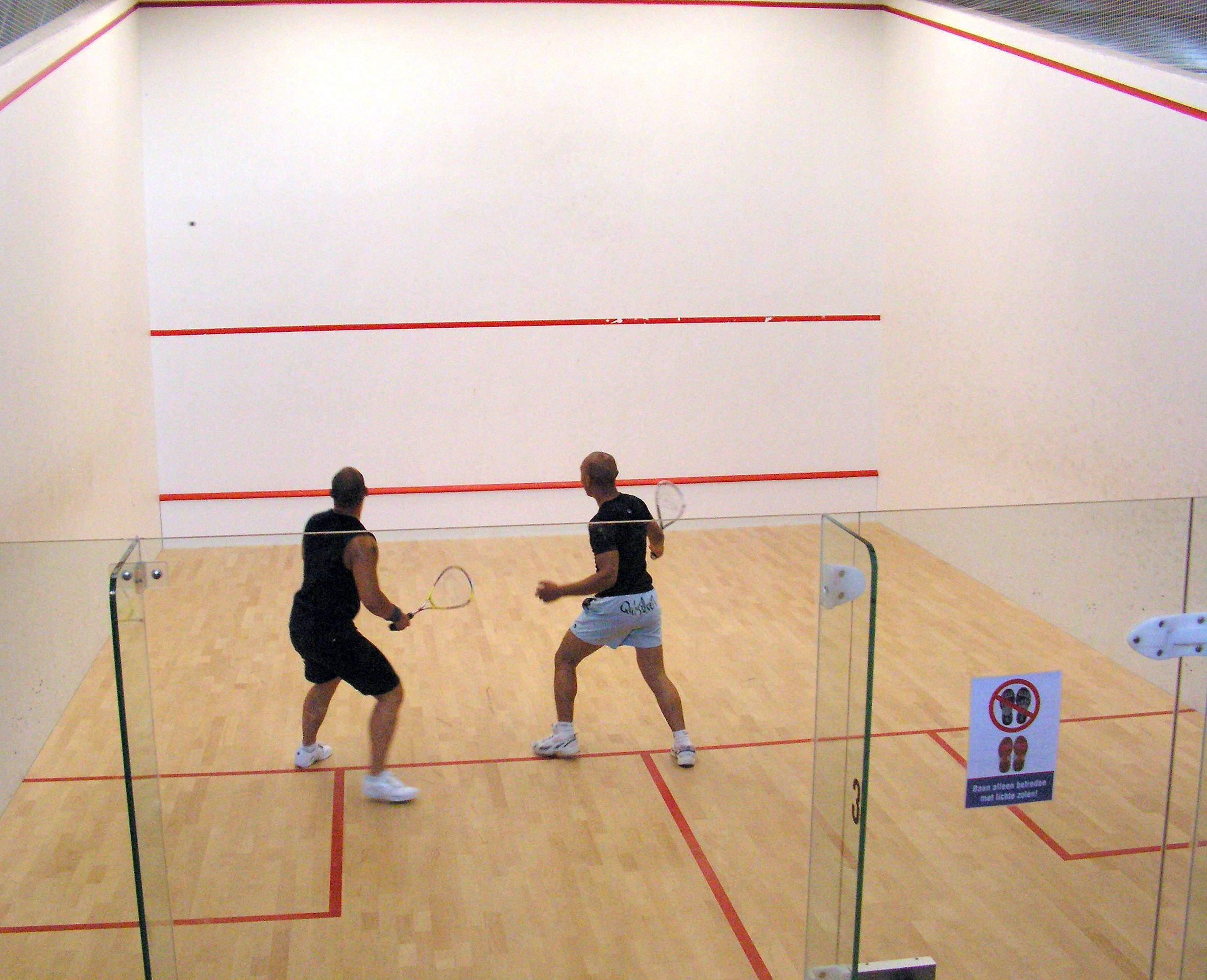 Squash_court