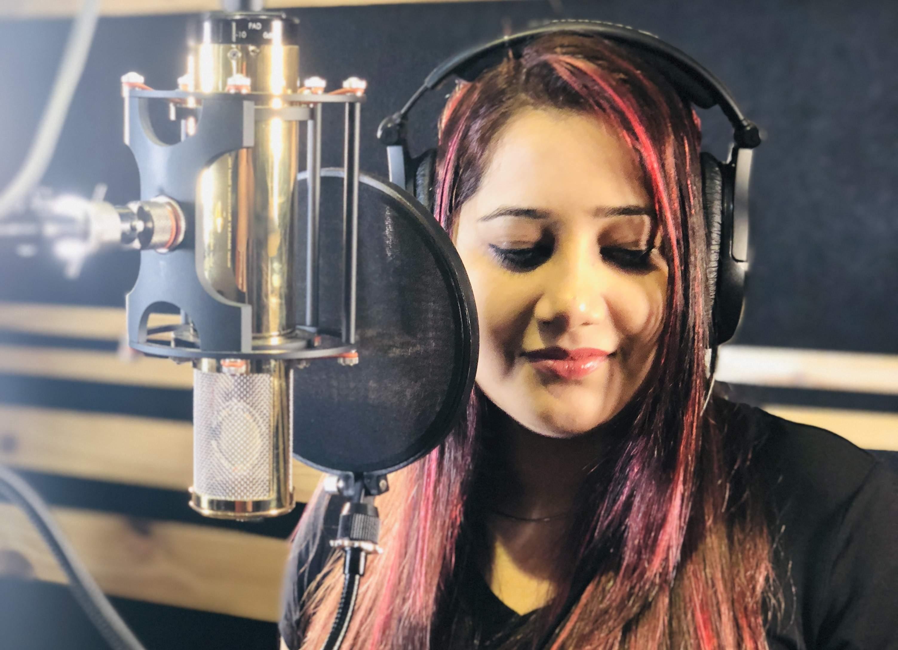 Payal Dev singer