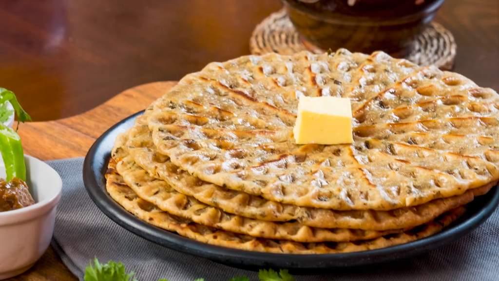 Garlic_Khoba_Roti_by_Chef_Akshraj_Jodha_Executive_Chef_ITC_Windsor_Hotel_Image