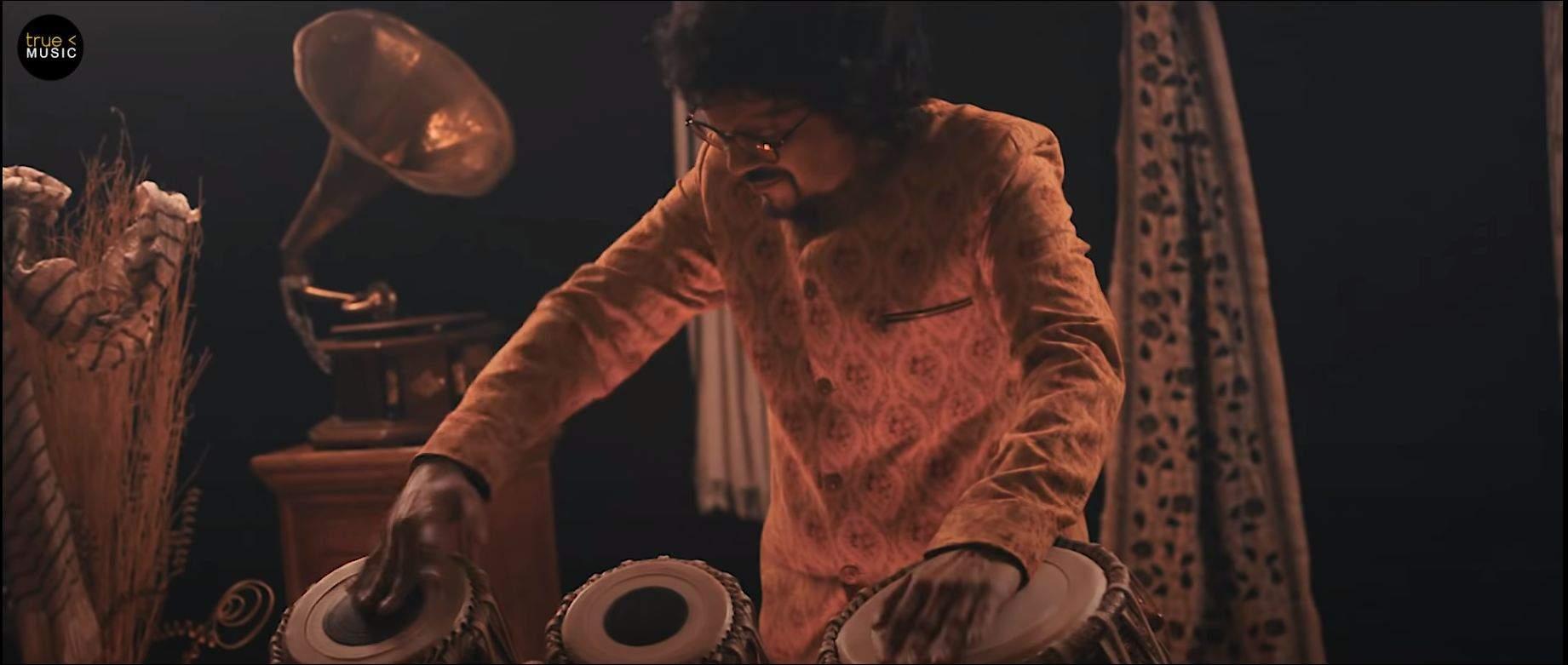 Bickram Ghosh in Rang