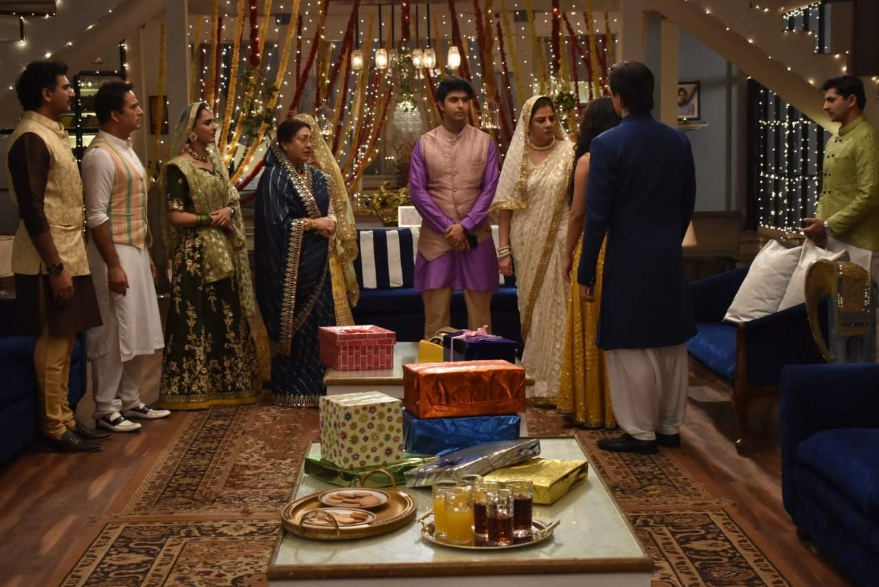 A still from the show Yeh Rishta Kya Kehlata Hai
