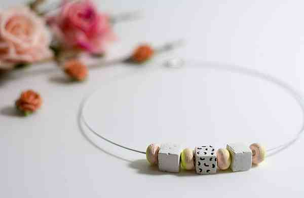 Chord_Necklace_White_and_Peach-1