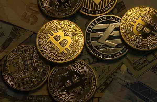 RBI mulls over introducing digital currency;cryptocurrency industry hopeful