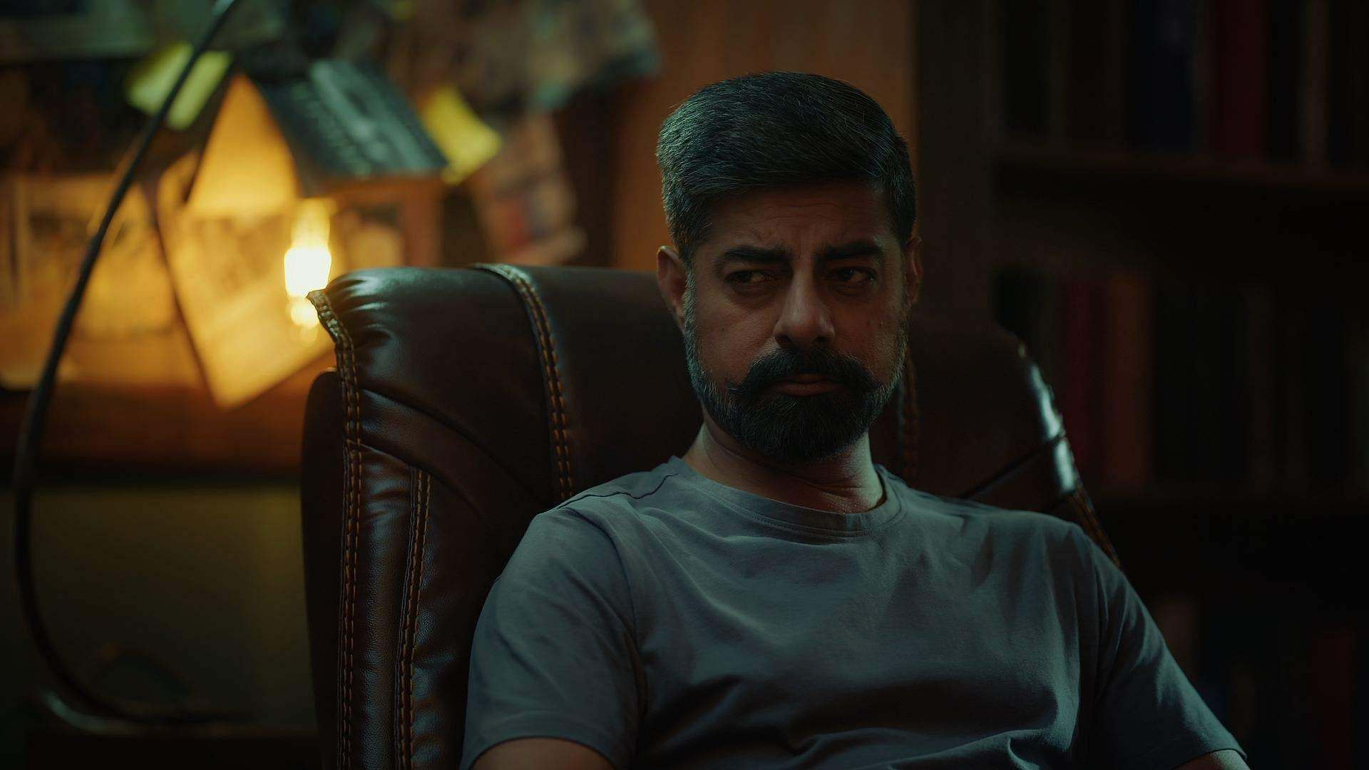 Actor Sushant Singh plays a detective Adi Bhagat on Flipkart Video's new interactive crime show Kaun? Who did it?