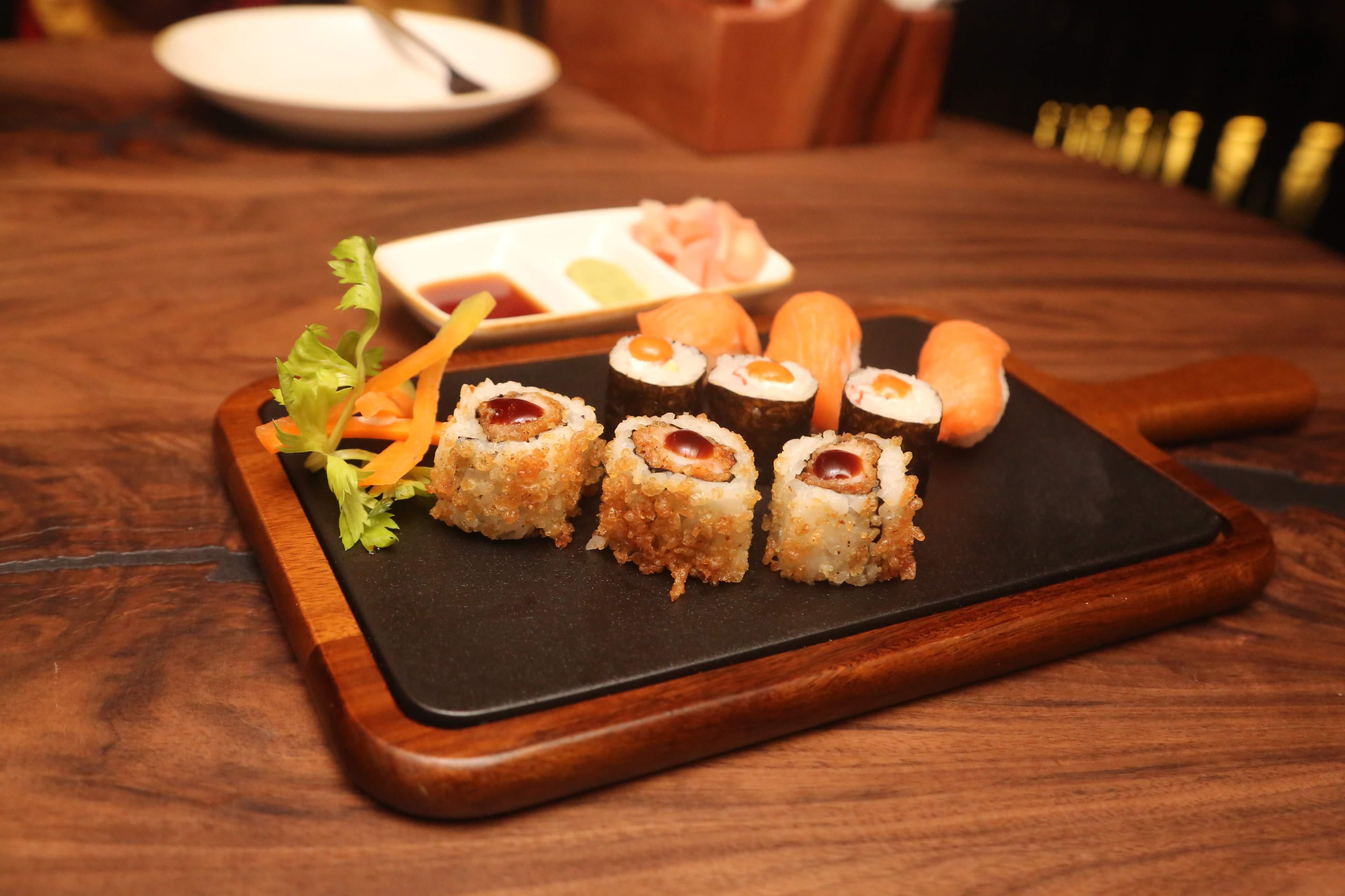 Non-veg_Sushi_Platter_(1)