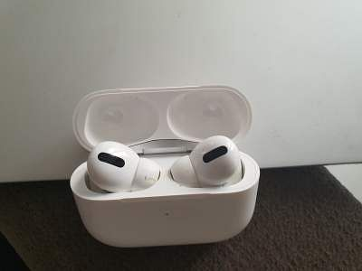 AppleAirPods may soon track body temperature