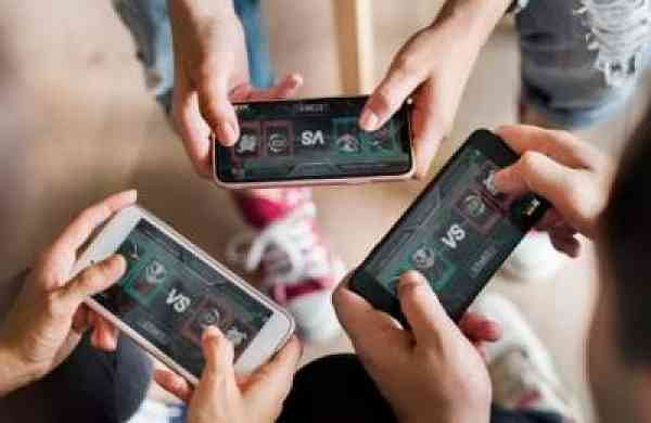 Report:1 in 2 Indian gamers spending Rs 230 a month on mobile games