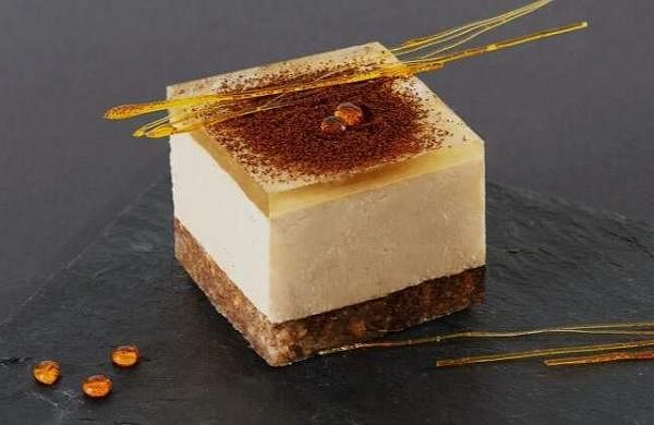 Coffee_Cheesecake_With_Honey_Jelly