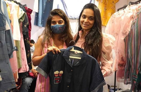 Designer_Sister-duo_Saloni_and_Hetal_seen_displaying_their_products