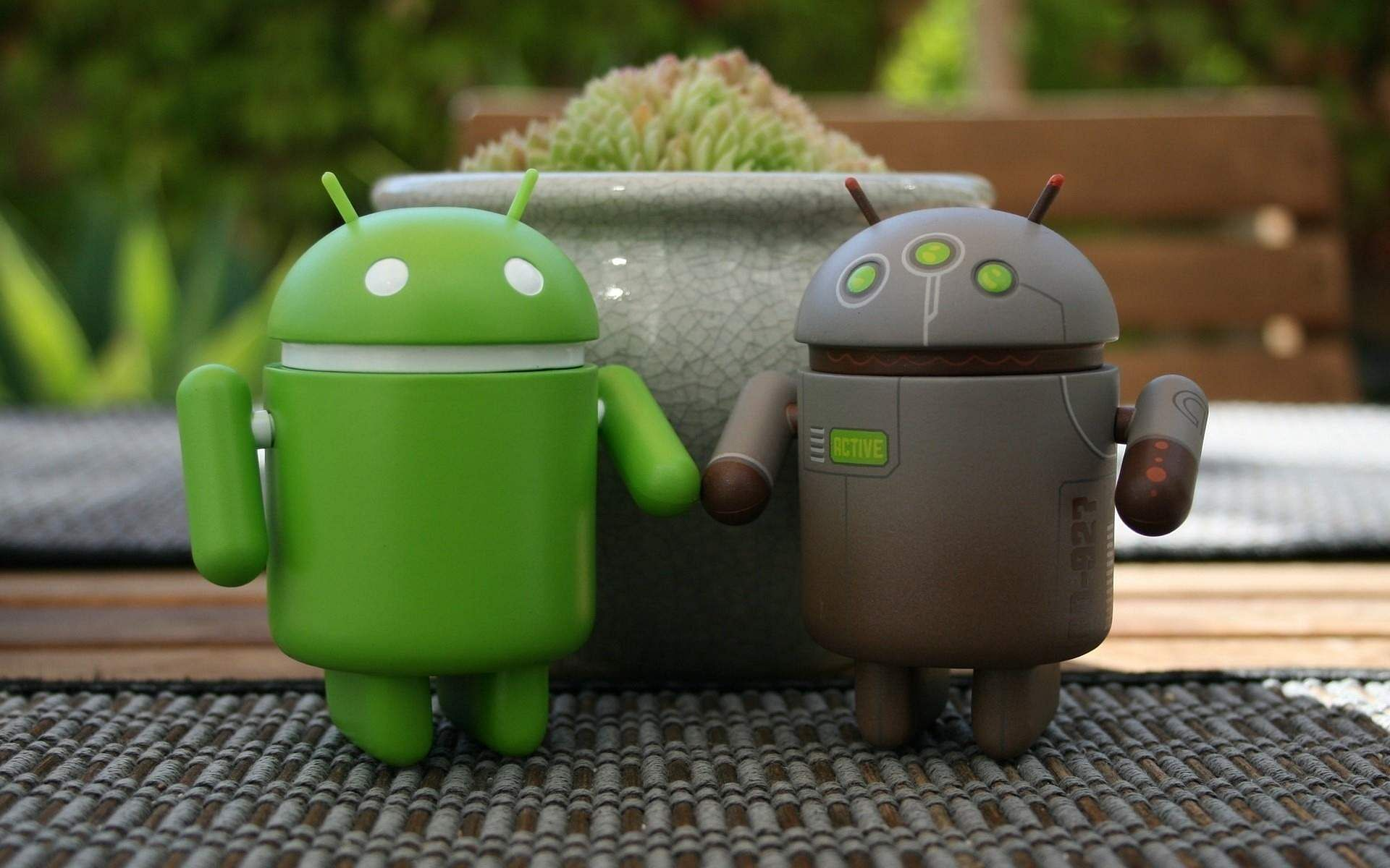Android 12 to get an update, aface-based auto-rotate feature
