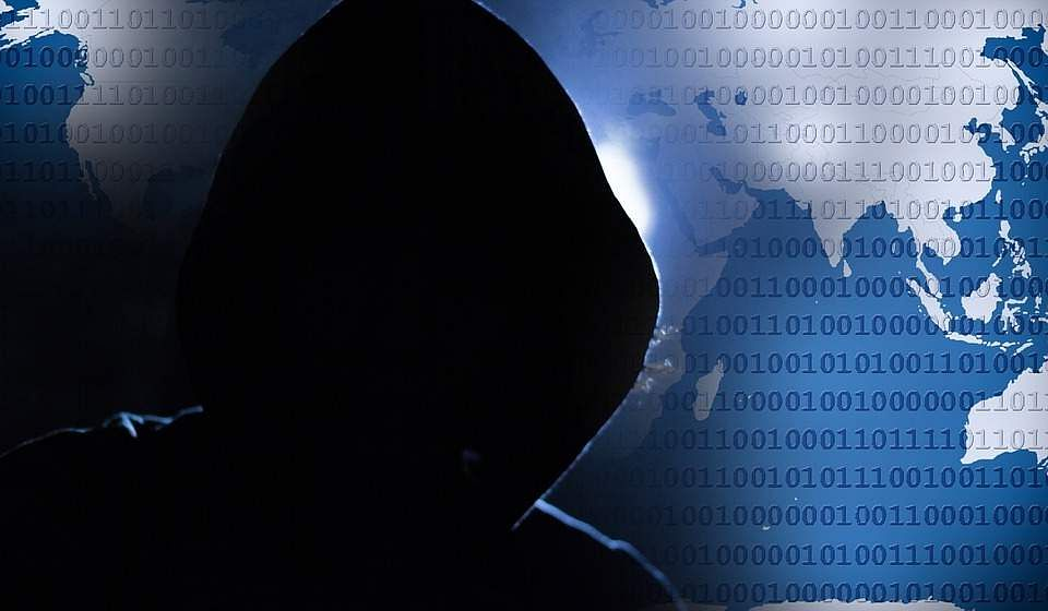 SMS and text messaging is under threat, hackers can now gain access, read and reply to your messages