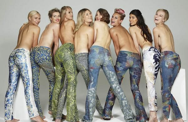 Jeans_For_Refugees_campaign_shot_by_John_Swannell