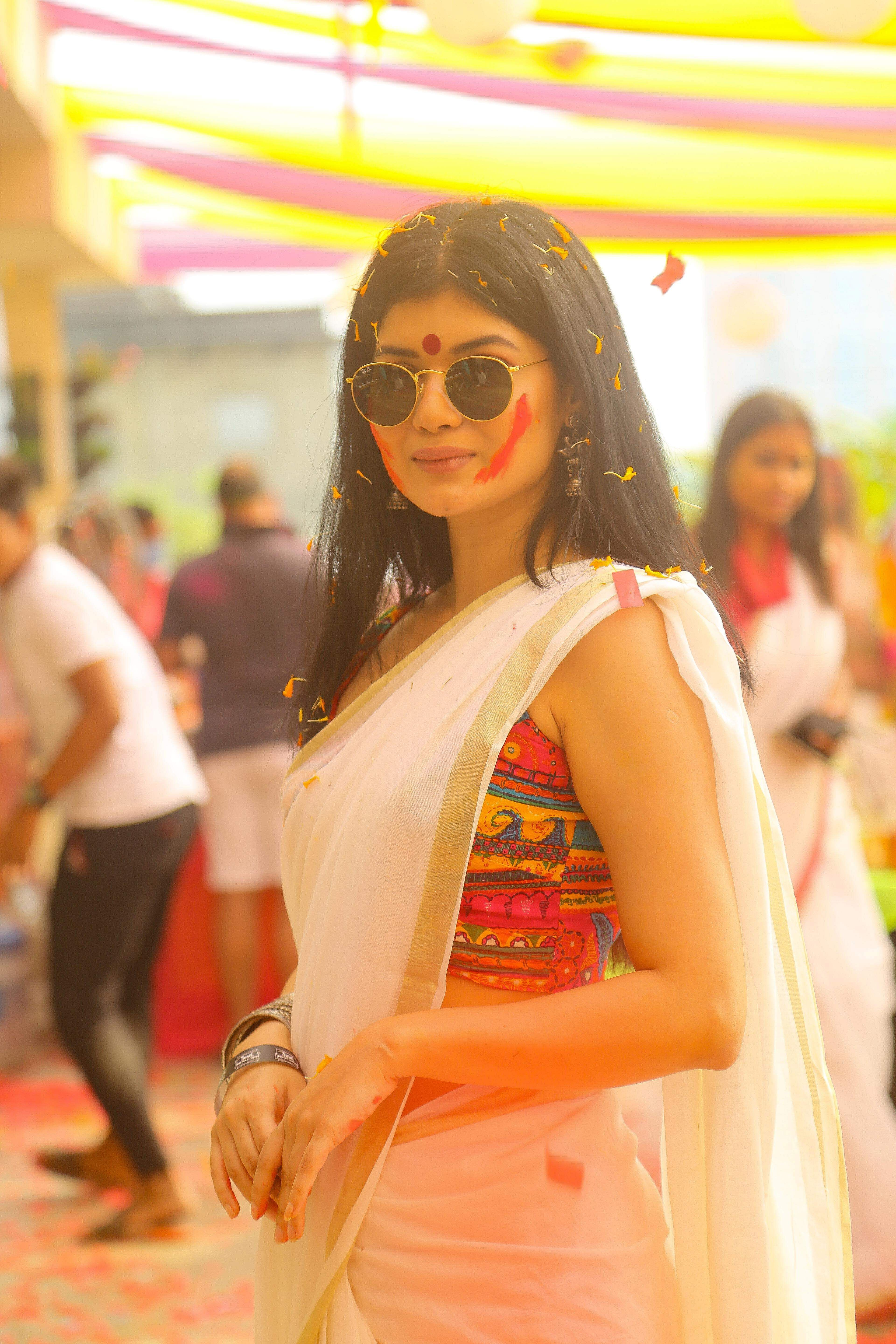 roja_paramita_dutta_HOLIPARTY