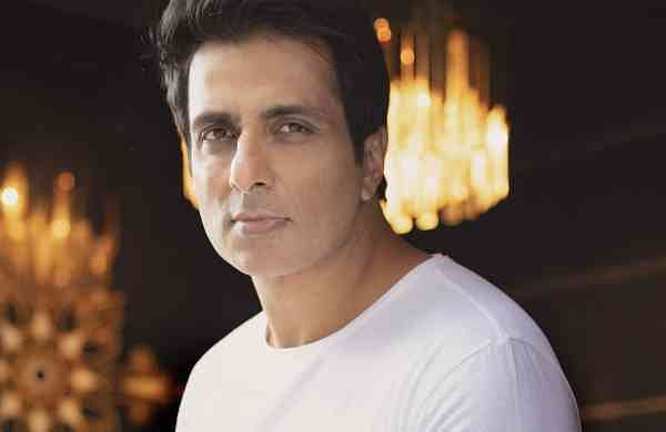 Sonu Sood emerged as a saviour during the lockdown last year