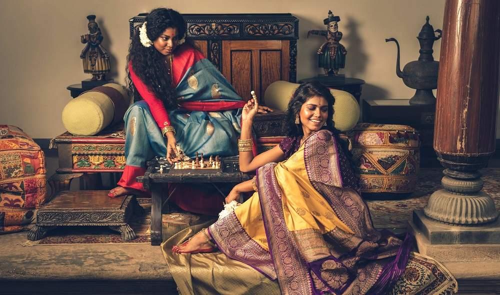 Ethnic Label Kasturi Kundal'S Latest Sari