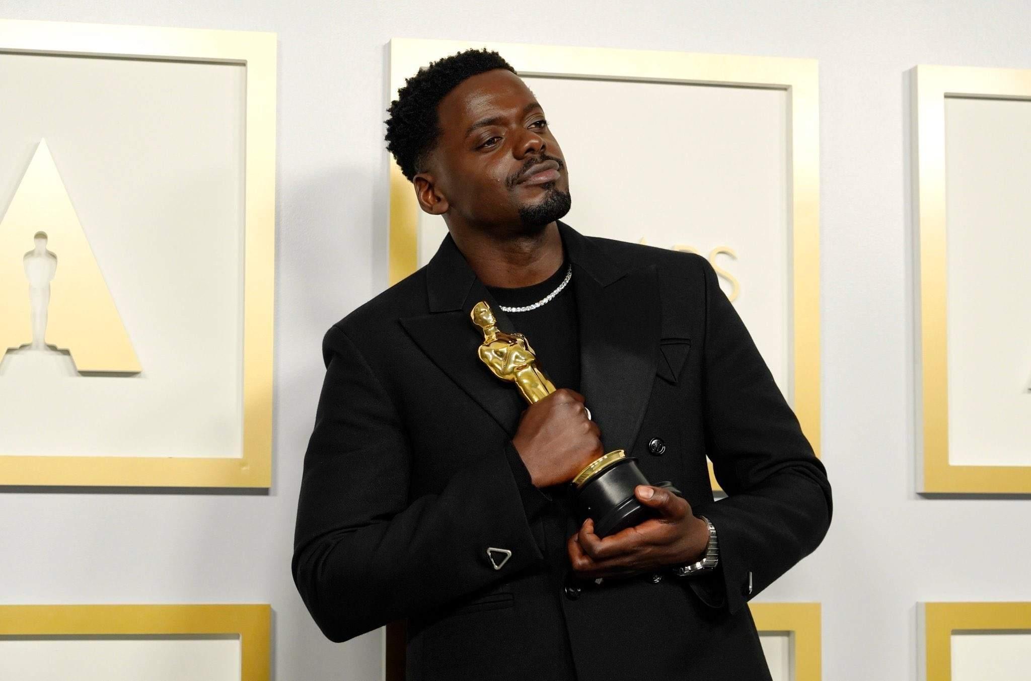 Daniel Kaluuya Wins Best Supporting Actor