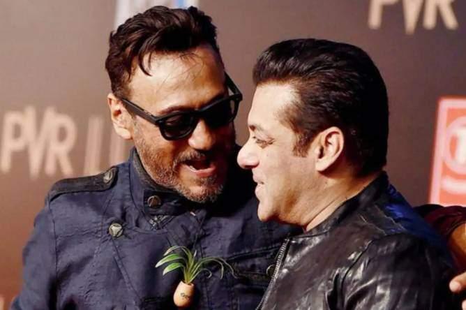 Jackie Shroff with Salman Khan