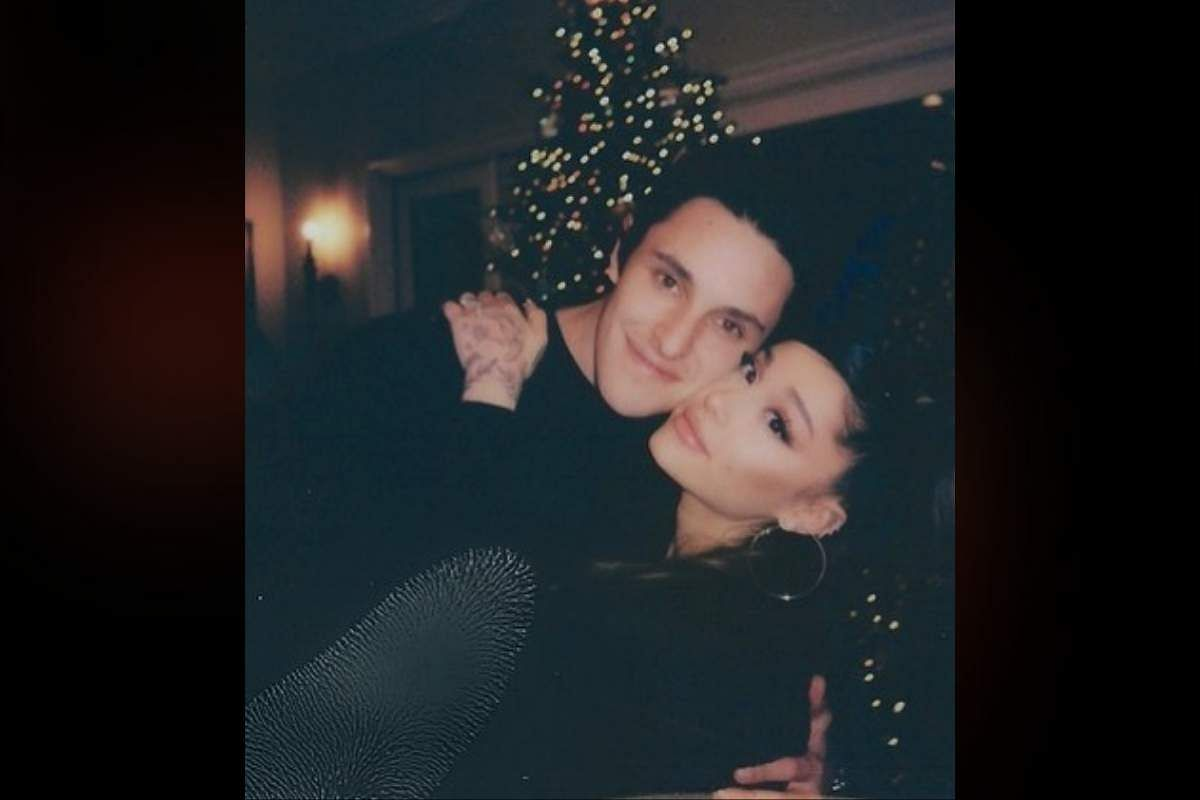Ariana Grande is married to Dalton Gomez