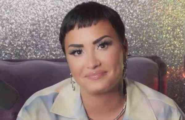 Demi Lovato Twitter