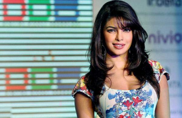 Priyanka Chopra calls Sonu Sood a 'visionary philanthropist'