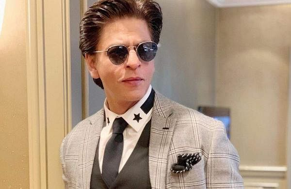 Shah Rukh Khan reciprocates to Tom Hinddleston's video