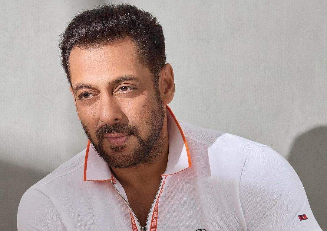 Salman Khan to announce starring in the Hindi remake of Master ?