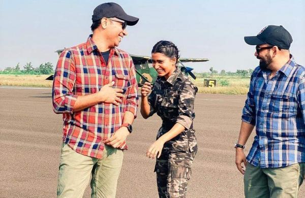 The Family Man 2 creators Raj Nidimoru and Krishna DK with Samantha Akkineni