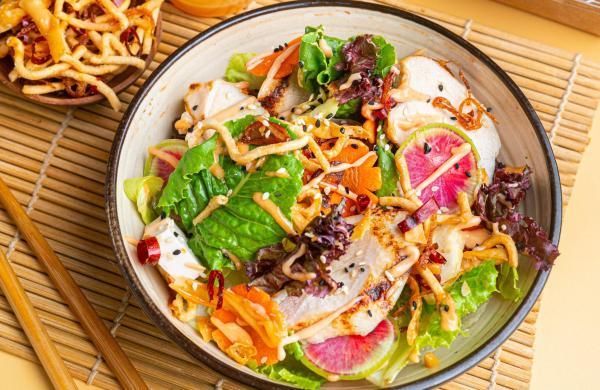 Asian_Crunch_salad_Chicken_2