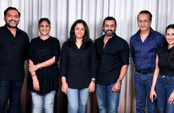 Suriya'S Soorarai Pottru To Be Remade In Hindi