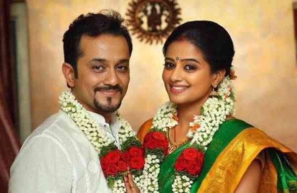 Mustafa and Priyamani after their wedding. Source: Internet