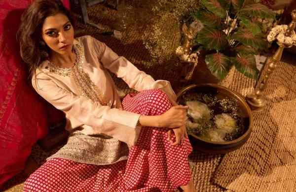 Bhumika Sharma's Gota Sitara edit