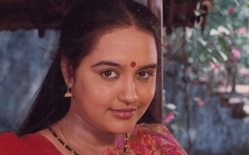 Actress Chitra, who made her debut with K Balachander's Tamil film Apoorva Raagangal starring Rajinikanth, Kamal Haasan, and Nagesh, passed away today
