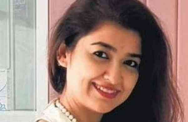Mikki Singh, Dermatologist