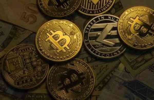 El Salvadoradopts Bitcoin as official currency
