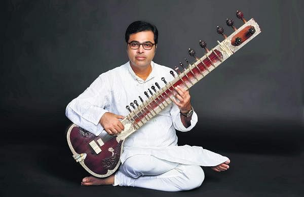Sitar maestro Purbayan Chatterjee releases new album Unbounded